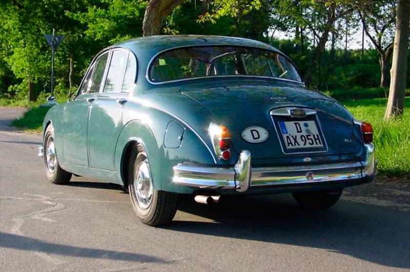 Jaguar-MK-II-6