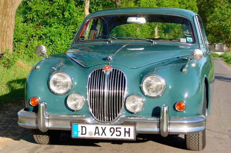 Jaguar-MK-II-7